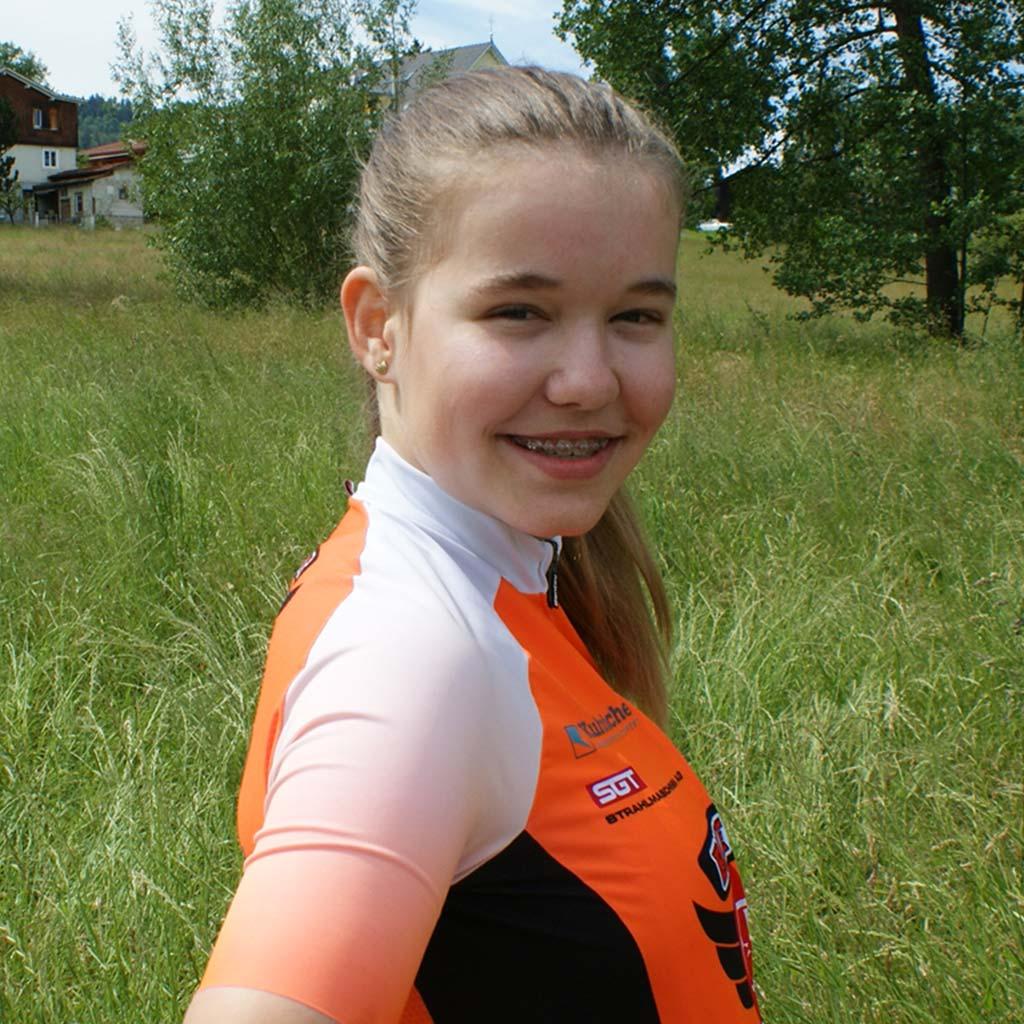 Amelie Kipfmüller 2020 Racing Girls